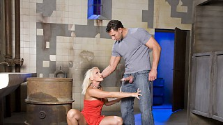 Sultry Hardbody Kathy Campbel Has Rough Sex Outside