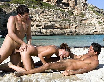 Private  porn video: Es DP mallorquí de Claudia Rossi