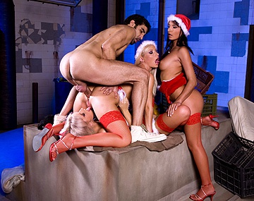 Private  porn video: Lucy Belle Stella and Helena Give One Worker a Blowjob for Christmas