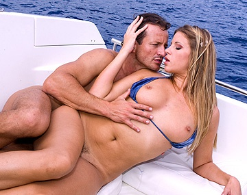 Private  porn video: La Sexy Monika Sweetheart Se Faire Pénétrer Le Trou Du Cul Sur Un Yacht