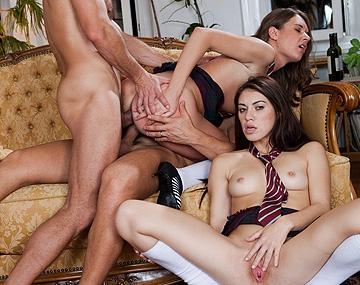 Private HD porn video: Anal Orgie am Sex-Institut