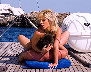 Private  porn video: Sexy Sandra Parker Takes a Boat Trip and Ends up Getting Butt Fucked