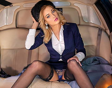 Private video: Classy New Cummer Ria Sunn Gets Destroyed in the Back of a Limo